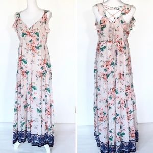 New Chelsea & Violet Floral Tiered Maxi Dress